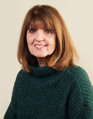 Linda Cramer, Customer Service Specialist